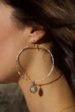 Load image into Gallery viewer, Dainty Baroque Pearl Hoops