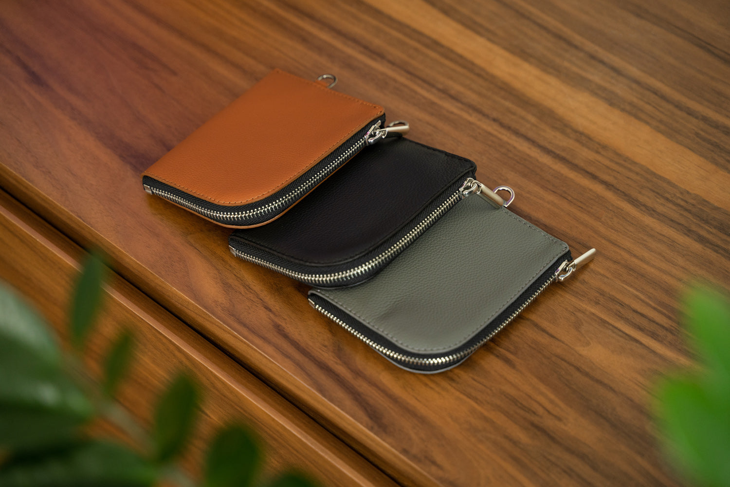 Zip leather wallets. Stylish and Functional handcrafted zip wallets