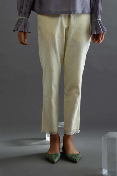 Lavender Island – Off-white Narrow Pants