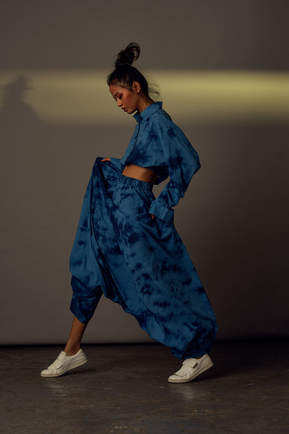 Blue tie-dye organic cotton cropped shirt-and-dhoti-pants