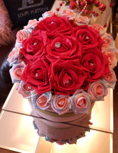 Load image into Gallery viewer, Valentines Bouquet