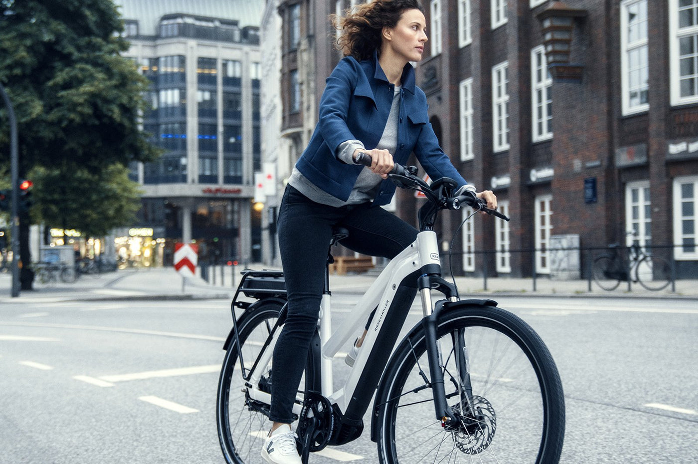 Women on hybrid e-bike