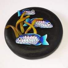 Load image into Gallery viewer, Upcycle your jar with an air-tight lid, hand-decorated in New Zealand. Decorated with polymer clay snapper fish and kelp. Standard fitting  (63mm) so it fits jars you have at home. Gift boxed in an attractive matchbox.