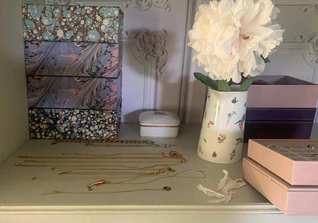 marble paper and pink jewellery boxes