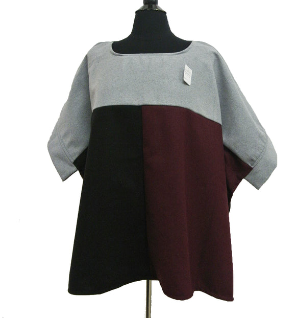 BF105 Colorblock Pullover Cape
