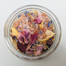 Load image into Gallery viewer, Spring Soiree Bath Salts
