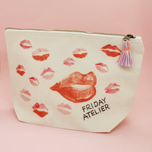 Lade das Bild in den Galerie-Viewer, Beauty Bag LIPS