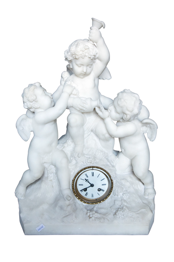 Carrara marble clock made in a shape of a sculpture depicting angels