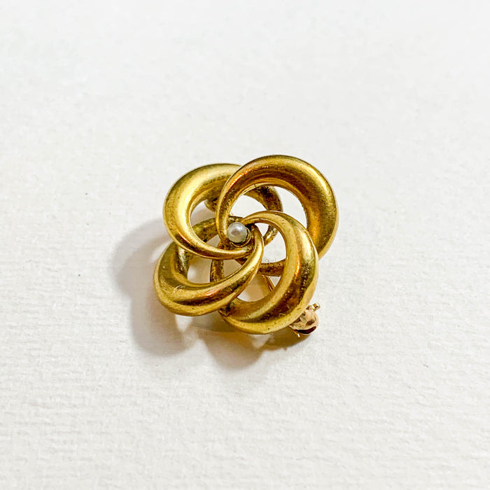 Gold Knot Pin With Pearl