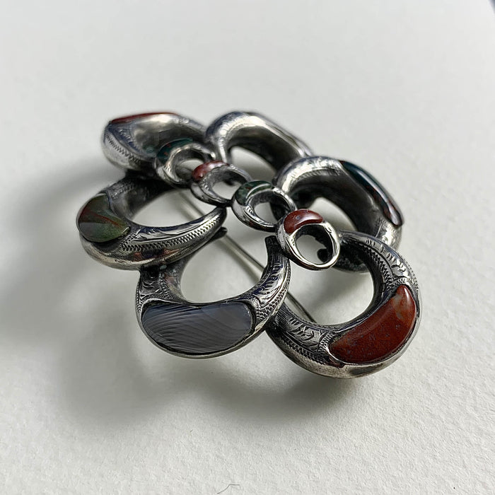 Silver Agate Knot Brooch