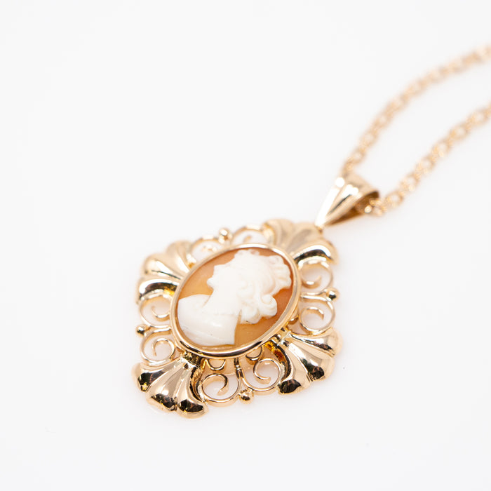 Shell Cameo Pendant on Chain