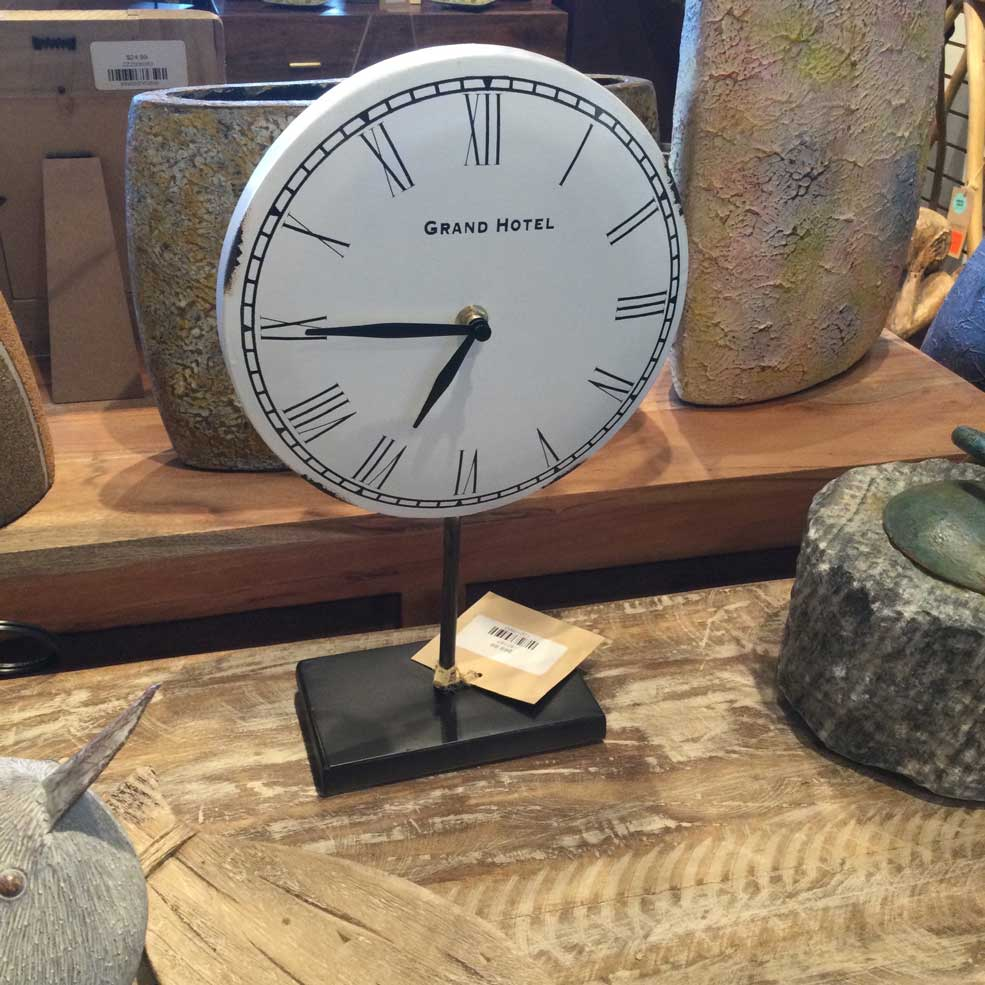 White Bronze Metal Table Clock