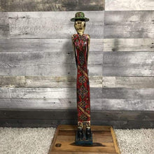 Load image into Gallery viewer, Bohemian wood statue couple