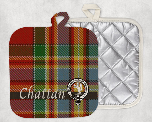 Clan Chattan Pot Holder, Scottish Tartan Plaid, Scotland Clan Crest Gifts, Personalized Celtic Kitchen Accessory, Woven Linen - Alba Forged