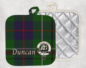 Clan Duncan Pot Holder, Scottish Tartan Plaid, Scotland Clan Crest Gifts, Personalized Celtic Kitchen Accessory, Woven Linen - Alba Forged