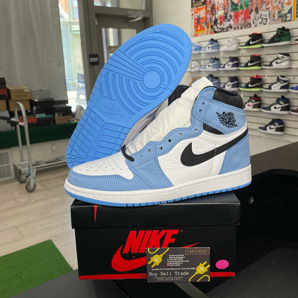 Air Jordan Retro 1 'University Blue'