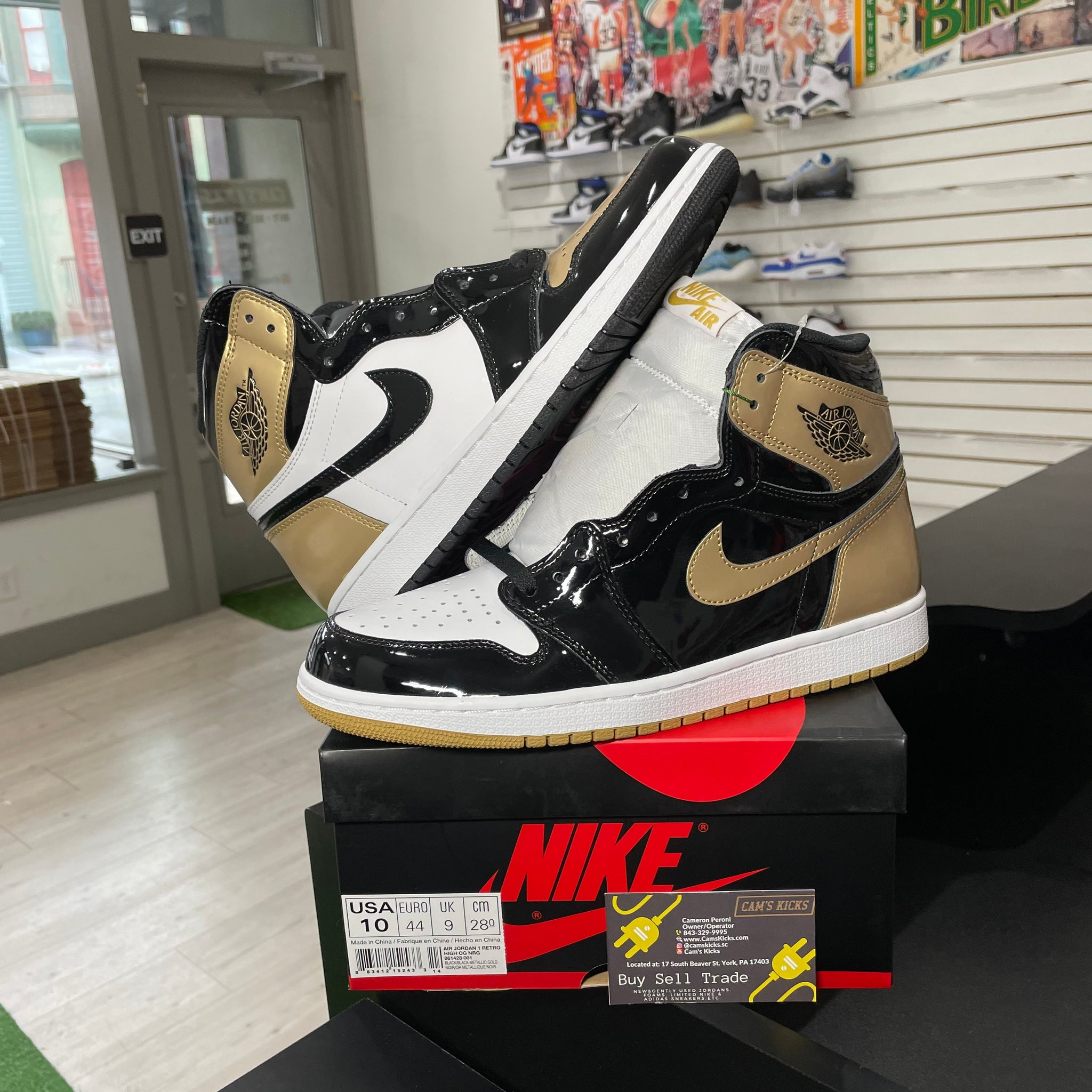 Air Jordan Retro 1 Gold Top 3
