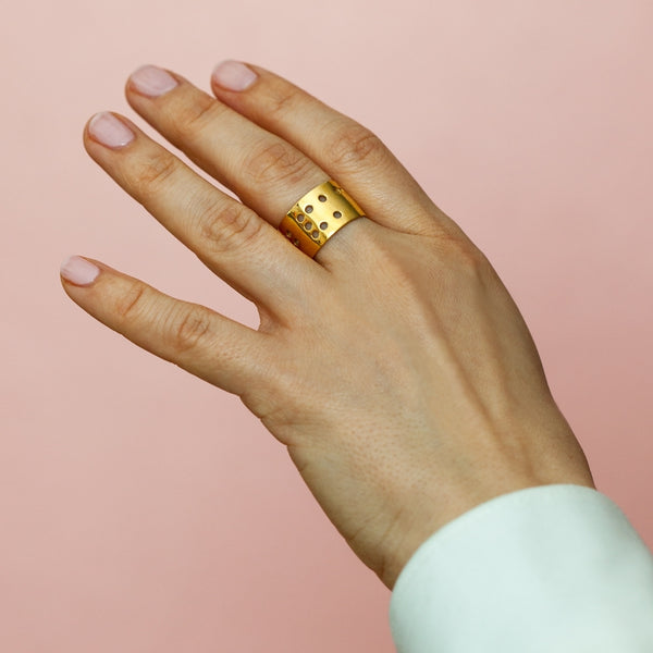 LULU Copenhagen LUCKY FINGER RING Rings Gold Plated