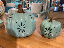 Load image into Gallery viewer, Decorative Pumpkins