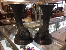Load image into Gallery viewer, Pair of Maitland Smith Rams Head Urns