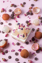 Load image into Gallery viewer, Lychee Litchi Rose Cake