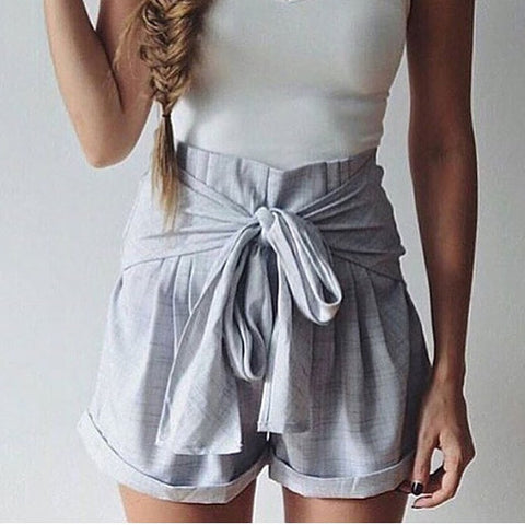 Bow out grey shorts
