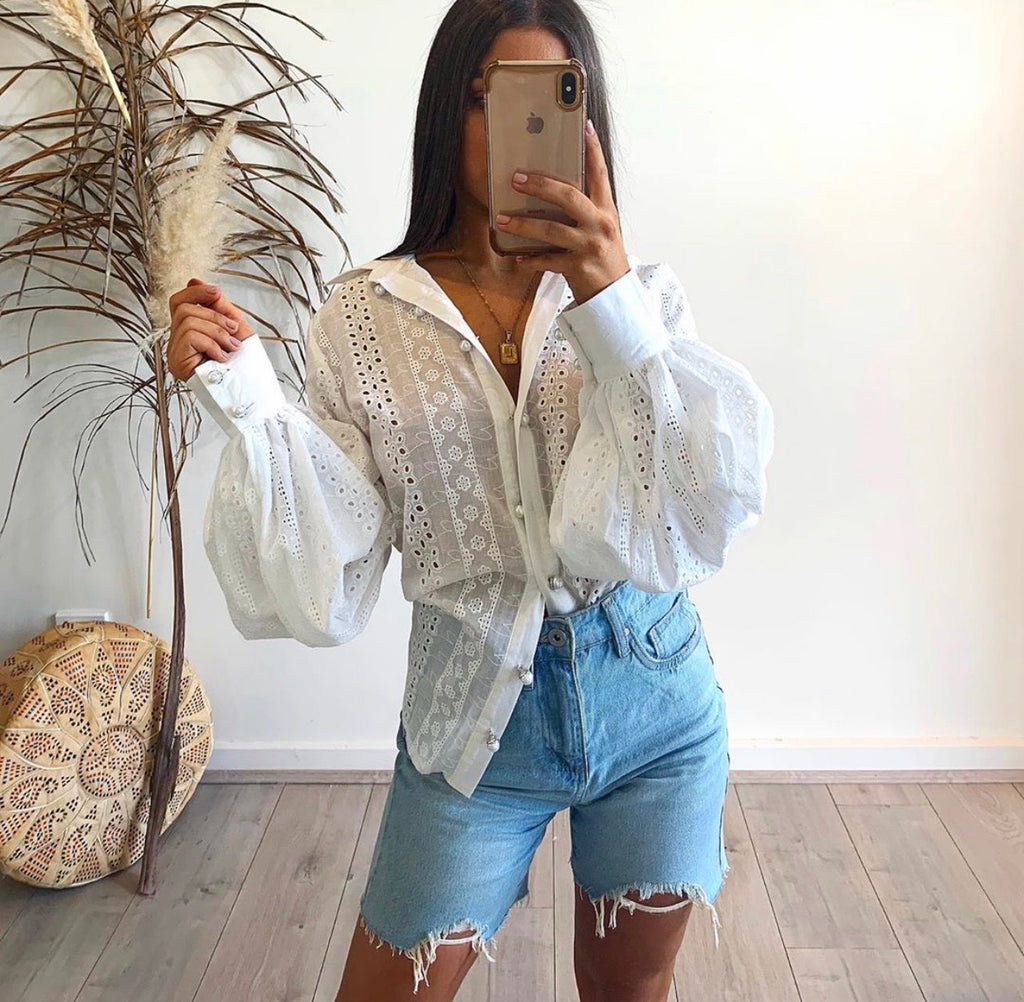 Dreaming white blouse