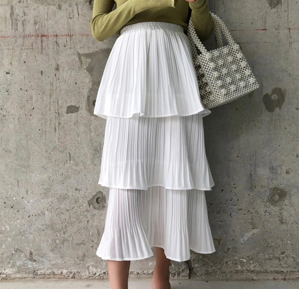 Carly white tiered skirt