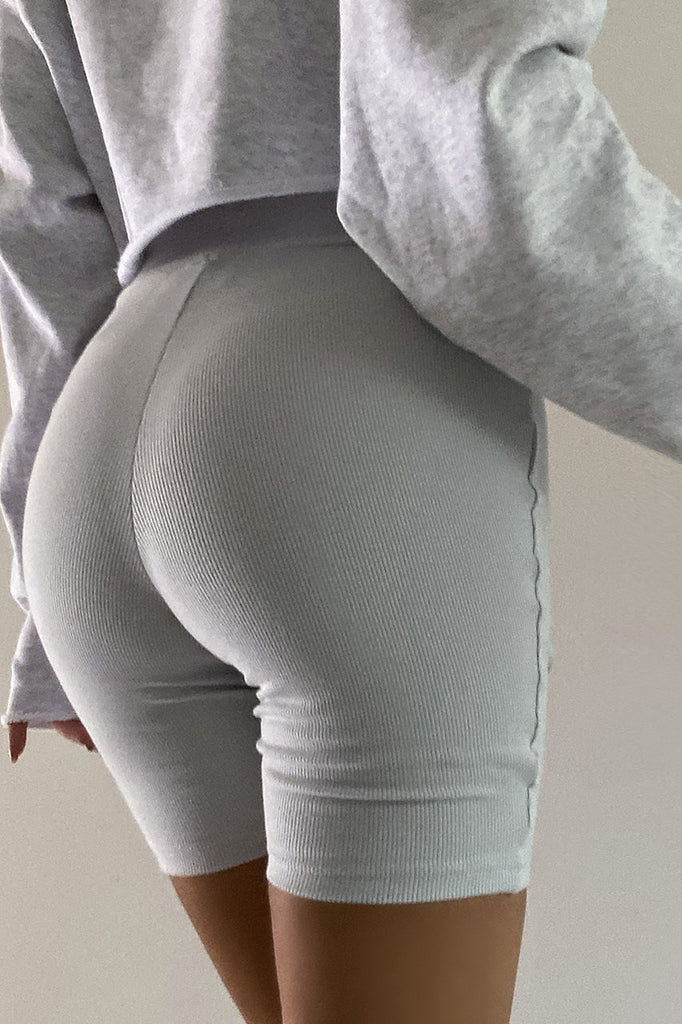 Endurance light grey bike shorts