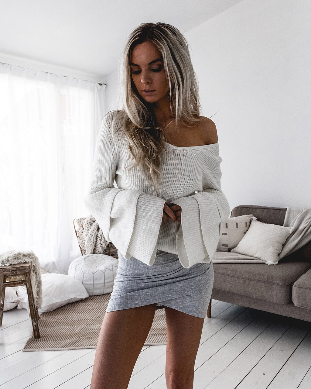 Jenna White V Knit