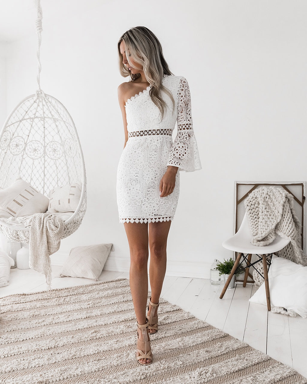 Elyse white one sleeve dress