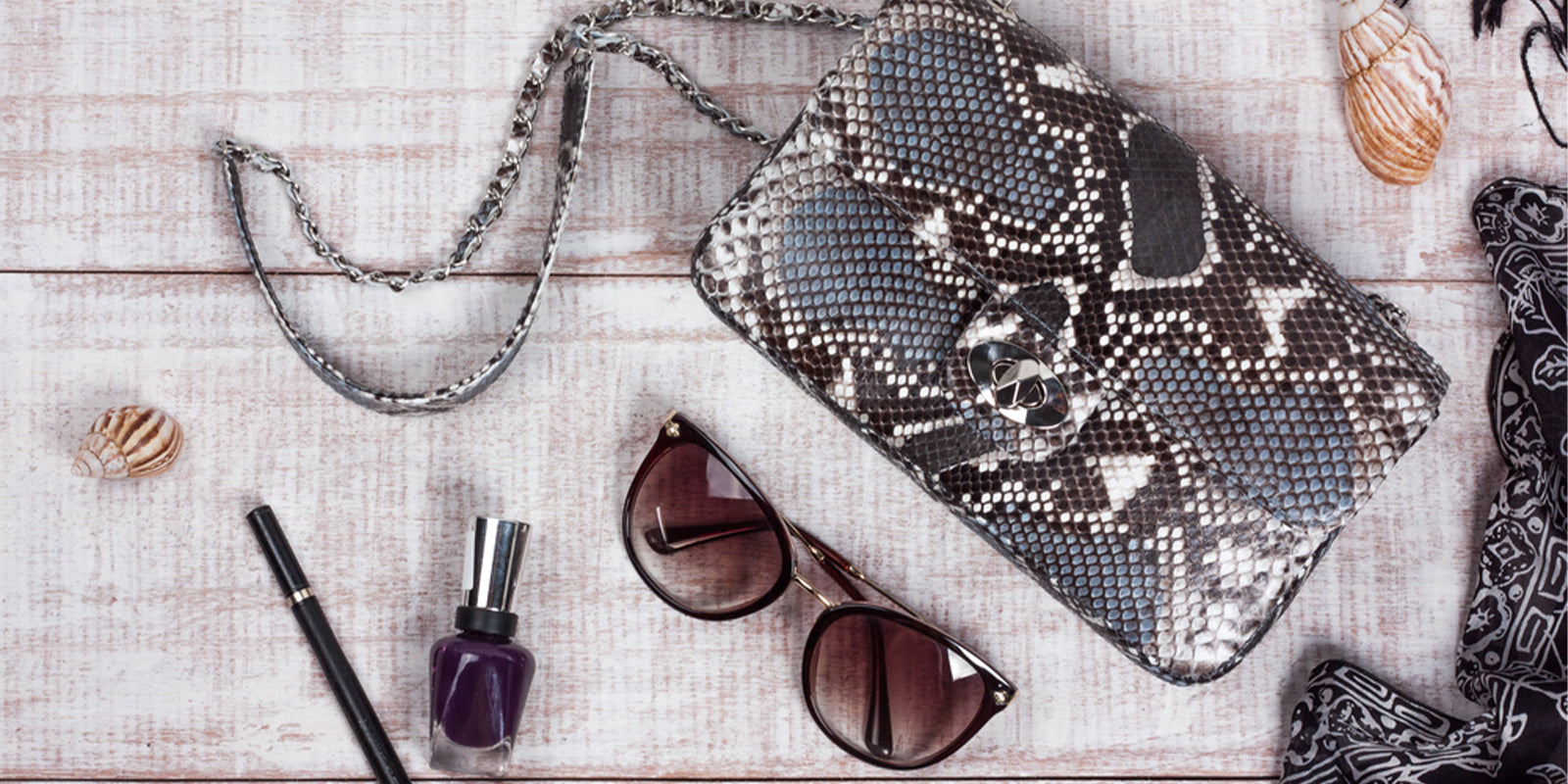 Snake print bag and accessories