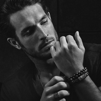 Men with snake jewelry, bracelet and rings