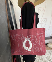 Load image into Gallery viewer, Queen's Tote
