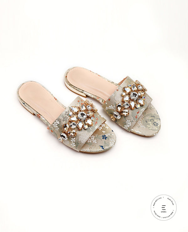 PRINTED EMBELLISHED SLIDERS