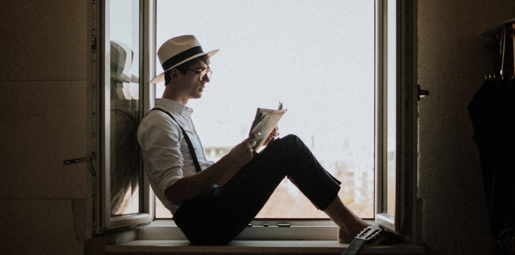 Reading can boost your crirical thinking and decision-making skills
