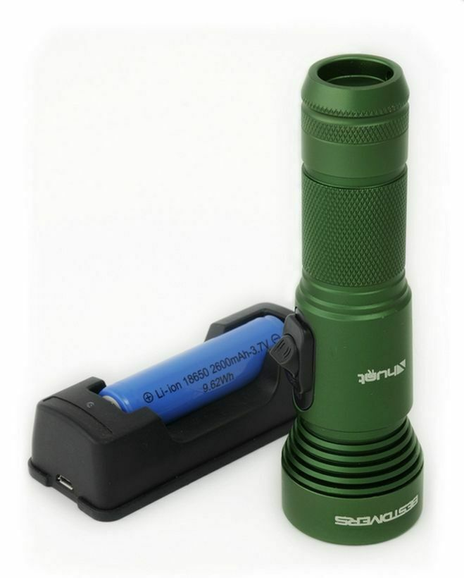 LAMPE HUNT FLASHLIGHT 920 LUMEN