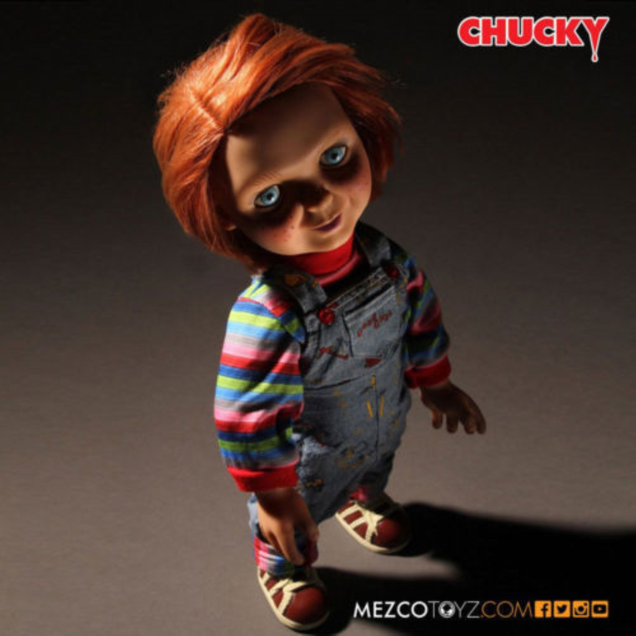Mezco Child's Play Good Guys Chucky Talking Doll