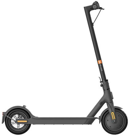 Xiaomi Mi Electric Scooter - 1S - Black and spare set of tyres  (used like new)
