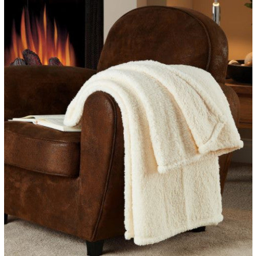 Victoria Classics Fireside Sherpa Throw