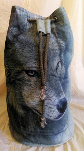Airbrushed Wolf backpack