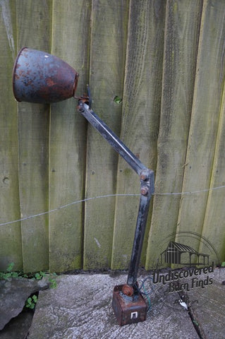 VINTAGE RETRO MEMLITE INDUSTRIAL MACHINISTS LAMP LIGHT WITH SWITCH BASE c1950s