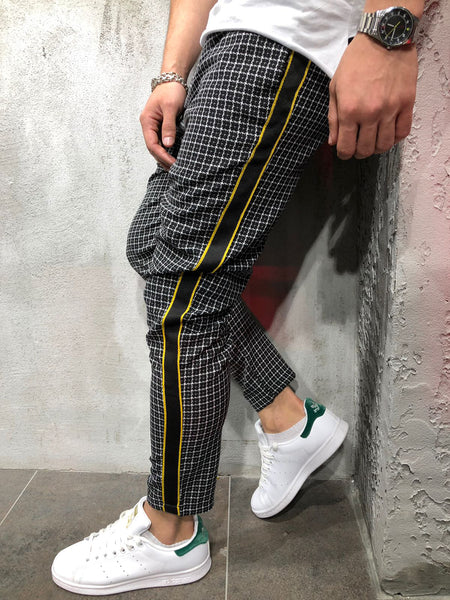 Men Casual Checkered Side Stripe Short Ankle Trousers Pants - Black 3886