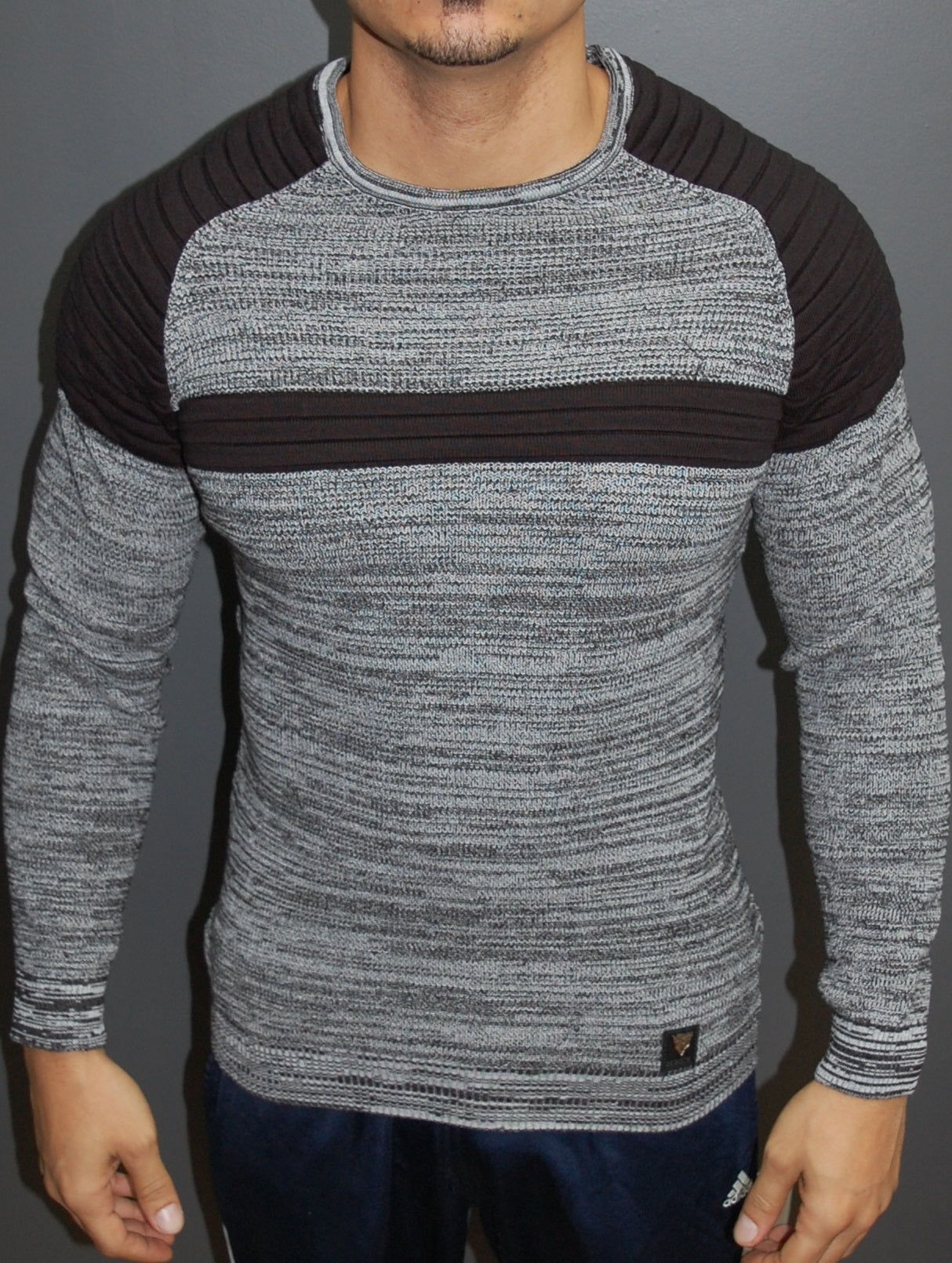 R&R Men Stylish 2 Tone Ribbed Cage Crew Neck Sweater -  Gray / Black