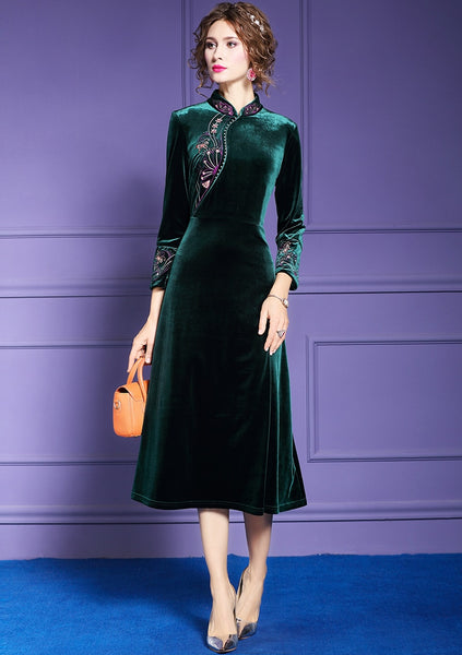 Women Winter Elegant Embroidery Velvet Dress