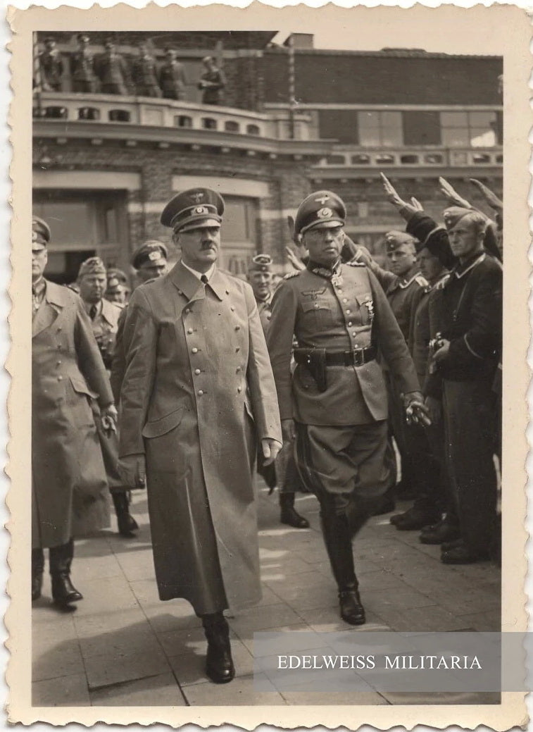 PHOTO ADOLF HITLER À BRUXELLES JUIN 1940