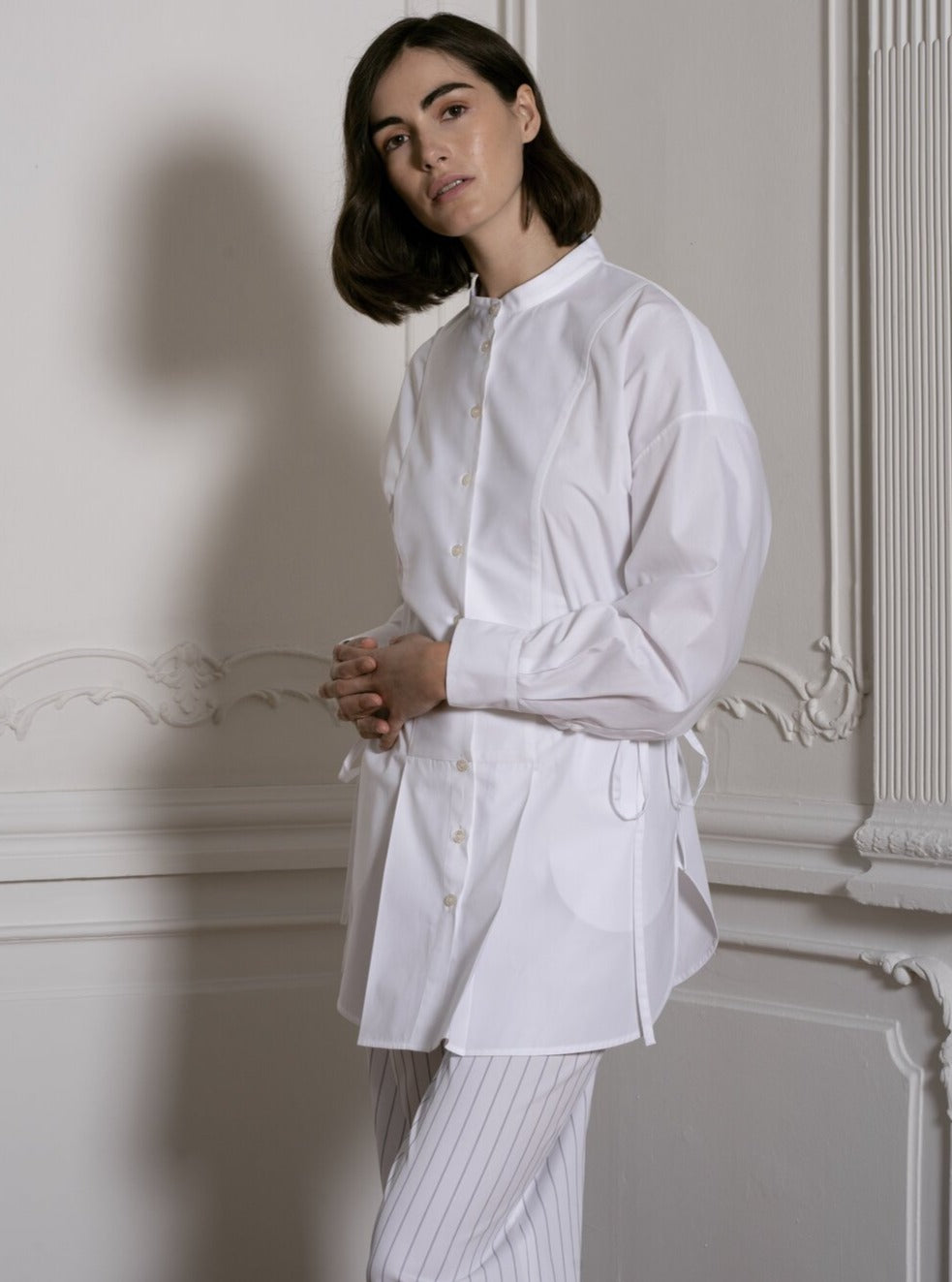 Shirt With Adjustable Waist in White