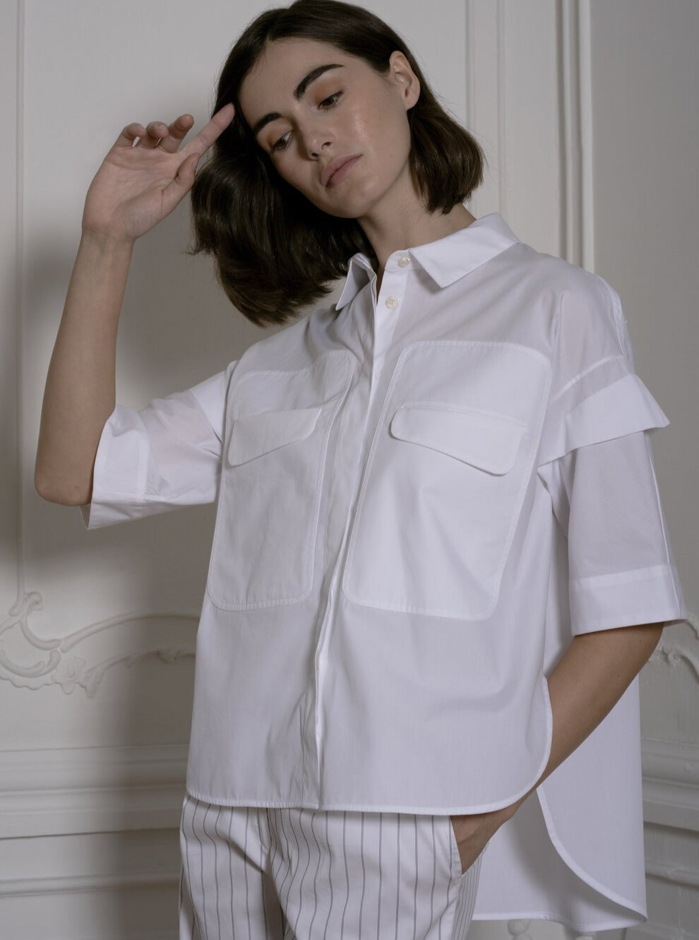 White Shirt With Front Pockets