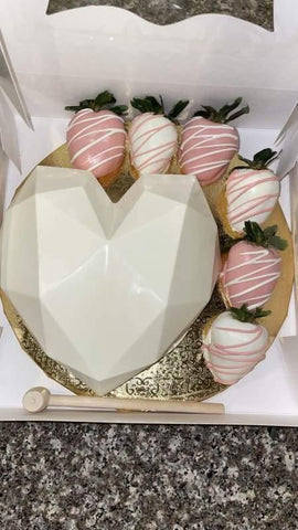 Chocolate Heart Gift Box - mygourmetberries