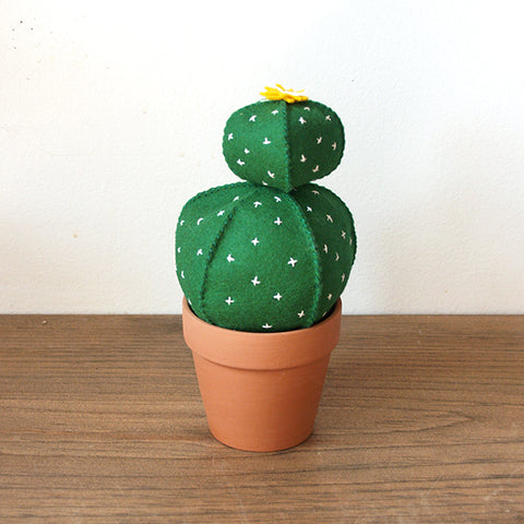 Ball Cactus D.I.Y. Felt Hand Sewing Kit